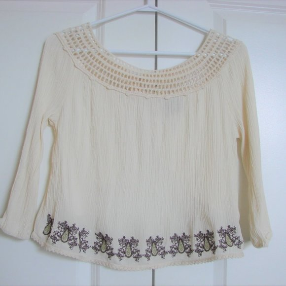 Me To We Pacsun Crochet Embroidered Boho Top